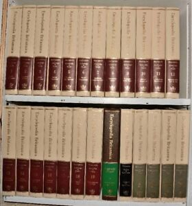 Encyclopaedia Britannica (67 volumes) consisting of: