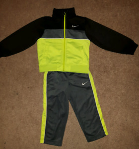 New- Toddler 2T Nike suit