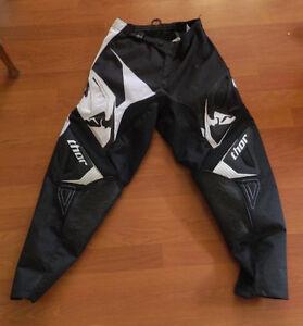 BRAND NEW: Thor Motocross Pants - Size 28