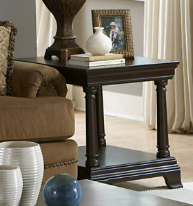 Pair of Home Elegance Inglewood end tables ***Brand New ***