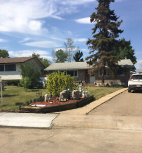 $410,000 / 3br - House for Sale - Fort McMurray - Downtown