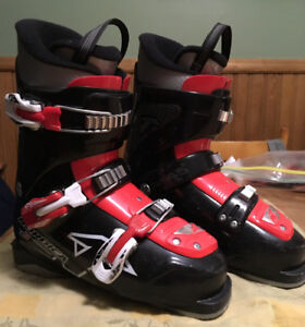 Good youth Nordica Ski boots