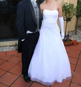 WEDDING / DEB DRESS MUST GO! $250 or best offer Vermont South Whitehorse Area Preview