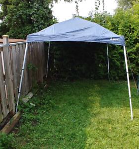 10 x 10 ft Tent - Excellent condition