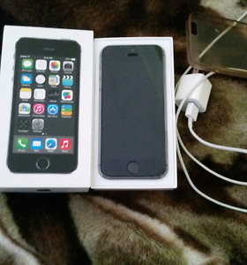 IPhone 5s barely used for sale!!!