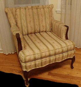 FREE 1950s couches x 2 and chair