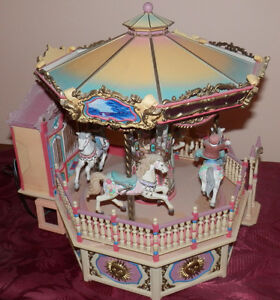 Enesco Small World of Music Carousel Royale.