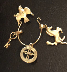 14 k eagle with horse, cross and key