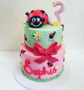 CUSTOM CAKES AND DESSERTS