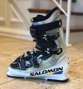 28.5 Salomon  Downhill ski boots