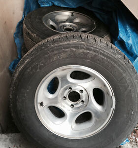 Summer tires with rims off Ford Ranger