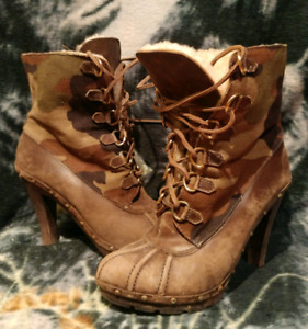 MICHAEL KORS Womens Sz 10 Camouflage Leather & Wool Winter Boots