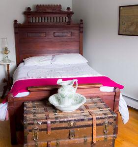Queen Bed - Antique Hardwood