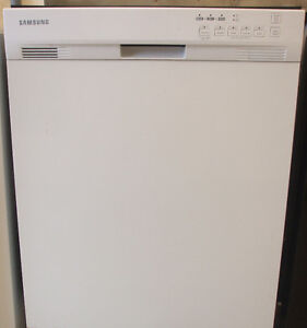 SAMSUNG STAINLESS STEEL DISHWASHER FOR SALE!