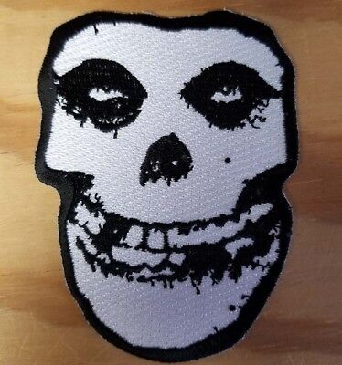 MISFITS CRIMSON GHOST SKULL embroidered Patch - Punk - Iron On - FREE SHIPPING!