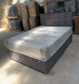 """Brand New 4'6""""ft (double) Chenille bed and headboard"""