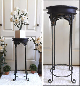 Attractive! Plant Stand / Lamp Stand, Refinished (TEXT/CALL pls)