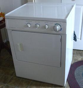 Fridgidaire Gallery Series Washer/Dryer Combo