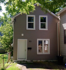 SUMMER SUBLET [STUDENT ONLY]