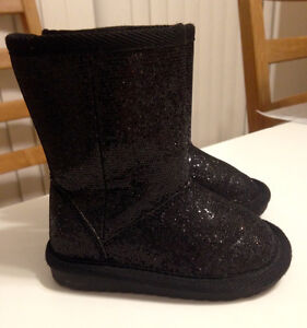 Toddler girl size 5 black sparkly boots