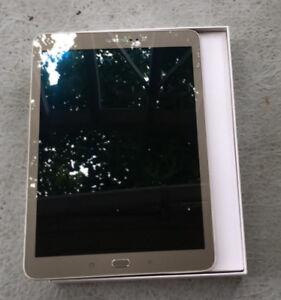"""Samsung Galaxy S2 Tab, 9.7"""", 32GB, Gold (SM-T813NZDEXAC)"""