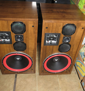Turntables Amp's Receivers Speakers PLUS MUCH MORE