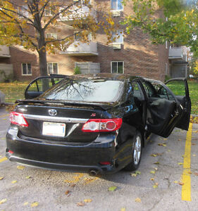 2011 Toyota Corolla S ***LOW MILEAGE 44708KM** ONE OWNER London Ontario image 9