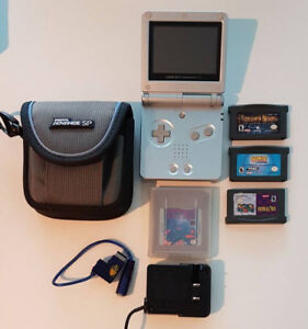 COLLECTOR - Nintendo Gameboy Advanced SP + lots of games + case