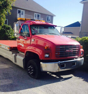 Camion TOWING GMC C6500 2000