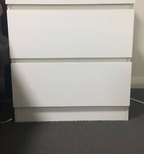 Bedside tables & chest of drawers Shellharbour Shellharbour Area Preview