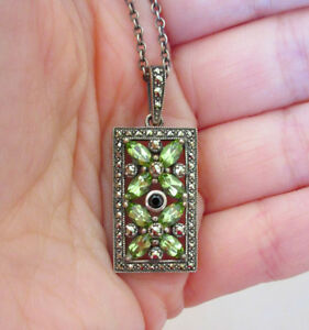 LARUS (Montreal) Sterling Silver Pendant & Necklace - Peridot