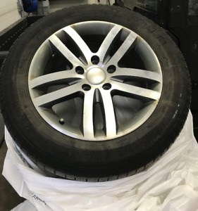 Tires & Rims 255/55/18 Michelin Lattitude Ice 75% tread left