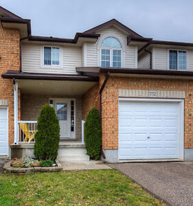 GORGEOUS TOWNHOUSE IN WATERLOO