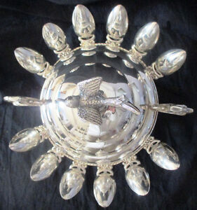 Vintage Silver Plate Sugar/Caviar Bowl With 12 Hanging Spoons Stratford Kitchener Area image 3