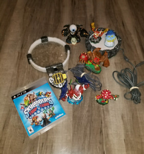 Skylanders Mixed Lot with PS3 & Xbox Skylander Games