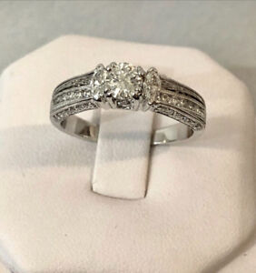 18k white gold diamond engagement ring *Appraised at $5,450