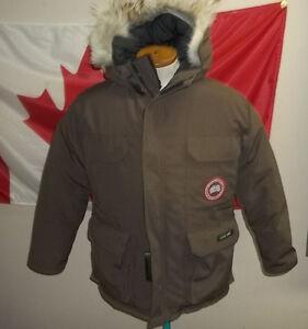 Canada Goose' Summit Pink X-Large 2530L Women'S Montebello Parka
