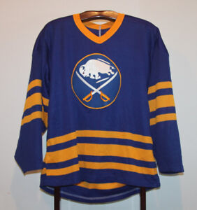 CCM 1996 BUFFALO SABRES ROAD BLUE HOCKEY JERSEY ADULT MEDIUM
