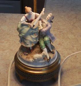 lampe vintage porcelaine et brass occupied japan  1945-1952