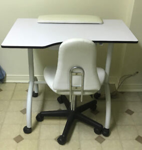 Manicure Table/Chair and baby chairs for Sale