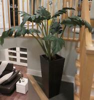 """Vase 30"""" + Plante artificielle """"Plantes & Décors Véronneau"""""""