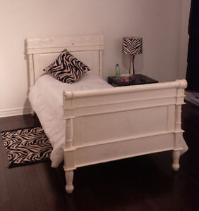 Lit Antique Blanc Jumeau - White Antique Twin Size Bed
