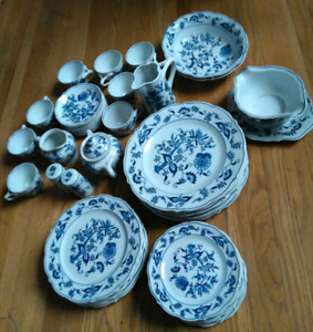 1950s Antique look Blue Danube dishes