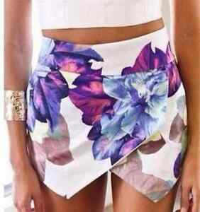 **BRAND NEW** Asymmetric Floral Print Skort (Skirt Short Combo) Kitchener / Waterloo Kitchener Area image 1