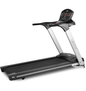 **PRICE REDUCED** BH Fitness T8-Sport Treadmill *barley used*