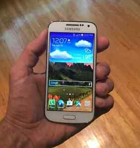 UNLOCKED Samsung Galaxy S4 mini