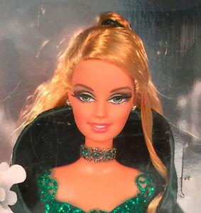 HOLIDAY BARBIE COLLECTOR SPECIAL 2004 EDITION  GREEN DRESS *NEW* Prince George British Columbia image 3