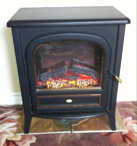 Dimplex Electric 1500W Stove/Heater with Artifical Rolling Flame Cambridge Kitchener Area image 1