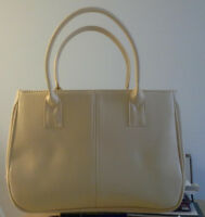 Light Yellow Purse, Black shoulder bag