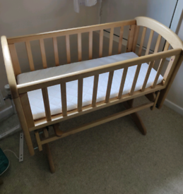 John Lewis Wooden Crib with mattress and 4x sheets